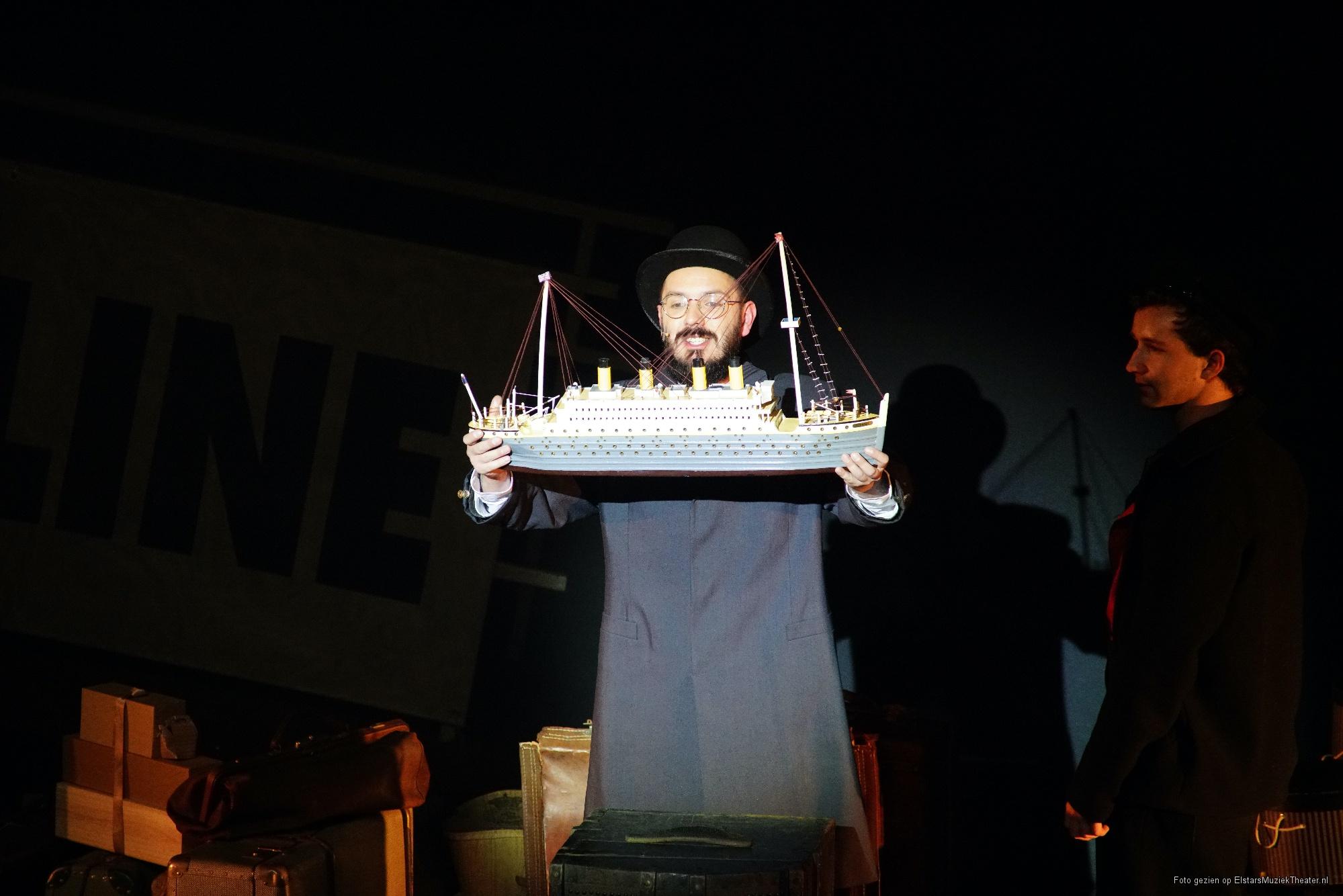 EMT-Titanic-voorstellingen-Donald-Schalk-0381.jpg