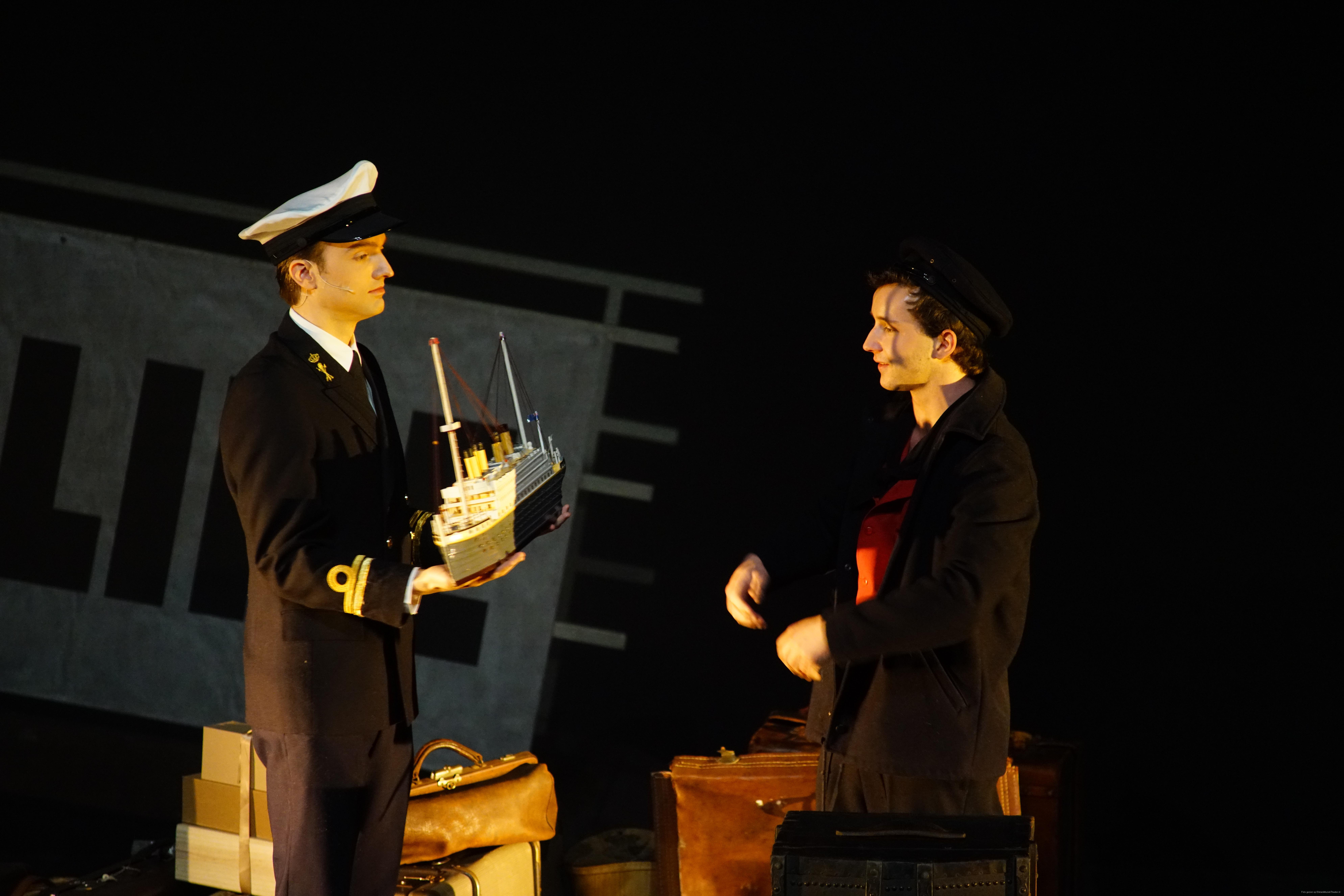 EMT Titanic voorstellingen Donald Schalk-0384.JPG