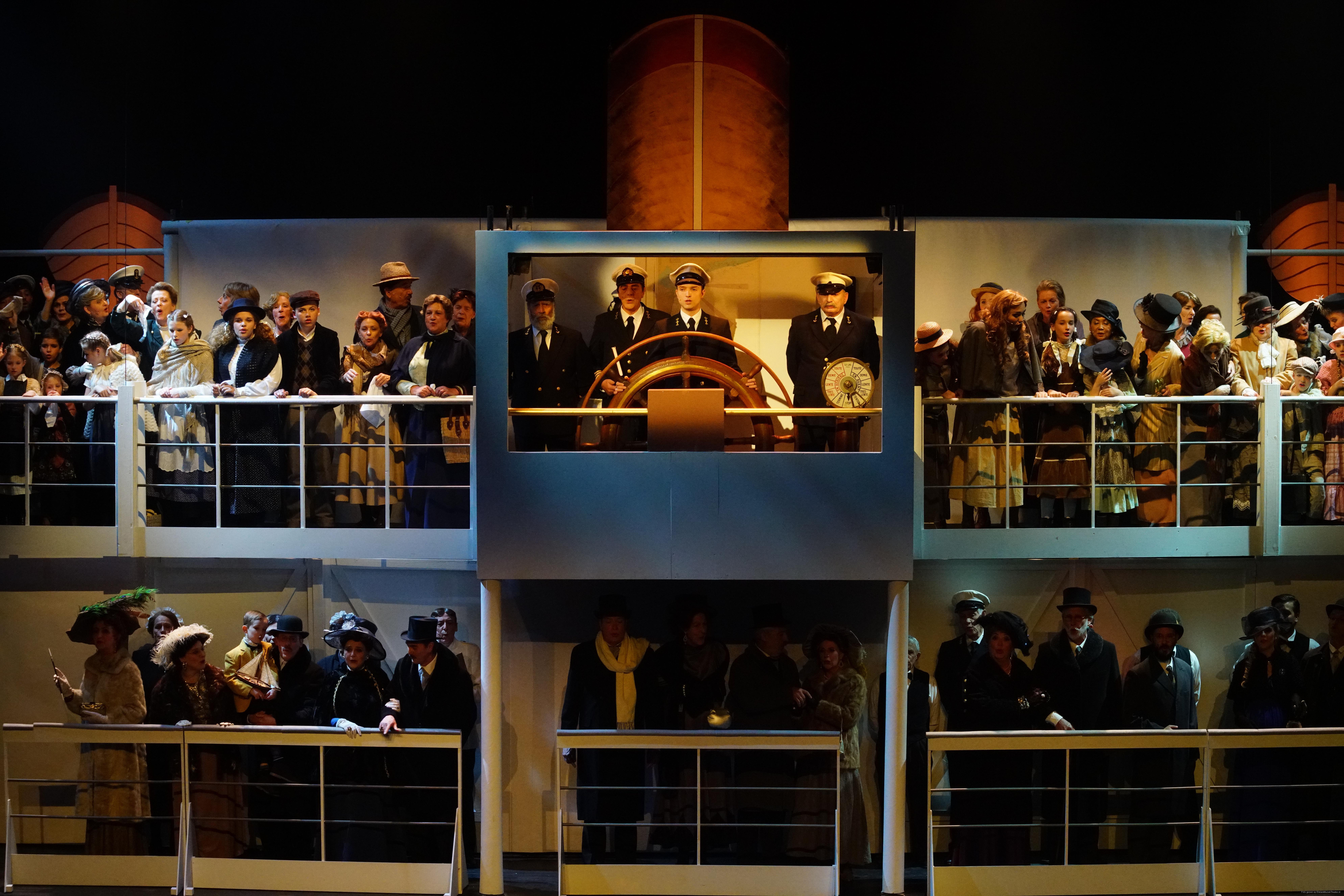 EMT Titanic voorstellingen Donald Schalk-0418.JPG