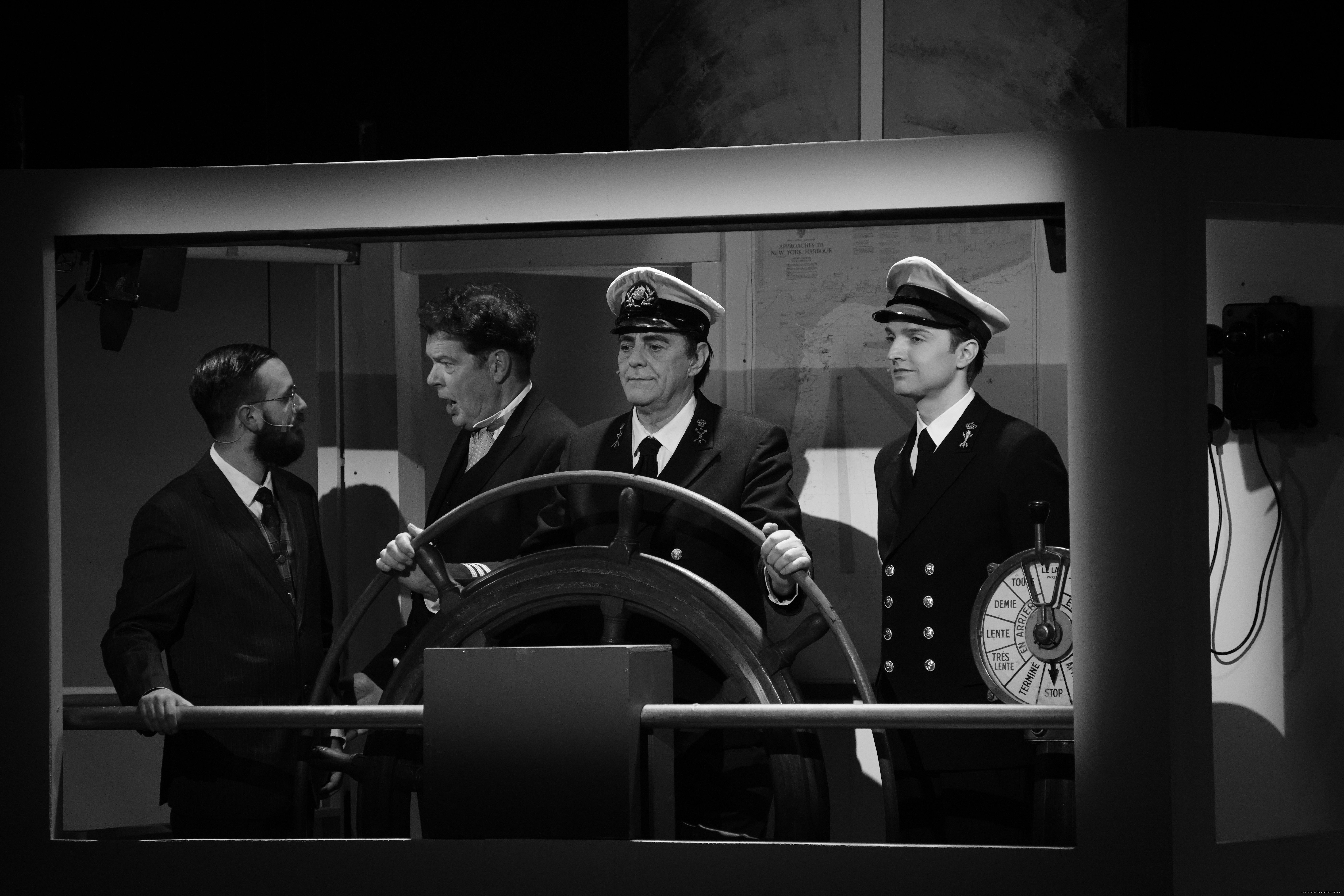 EMT Titanic voorstellingen Donald Schalk-0504.jpg