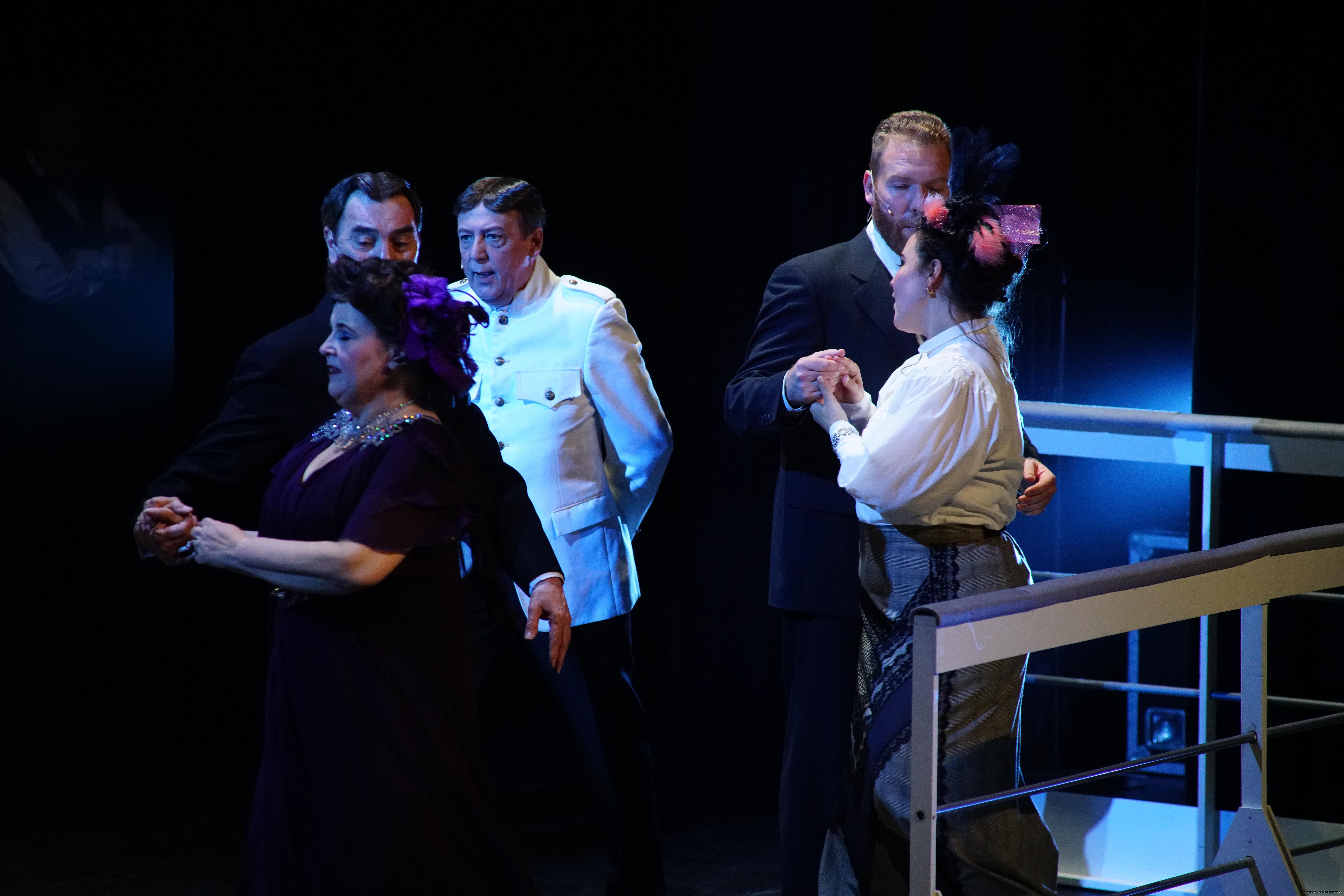 EMT Titanic voorstellingen Donald Schalk-0526.jpg